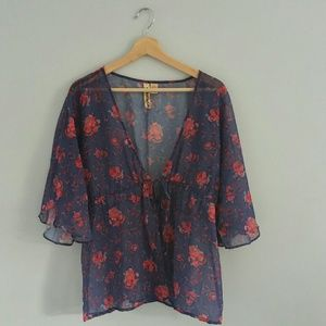 Eyeshadow Sheer Short Sleeve Top Size L